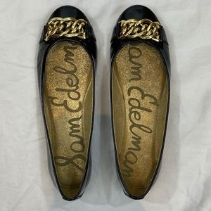 NWOT SAM EDELMAN Leather Flats w Gold Chain - 8